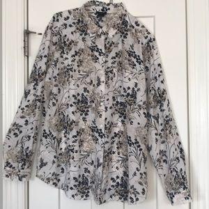Like New Ann Taylor blouse sz L